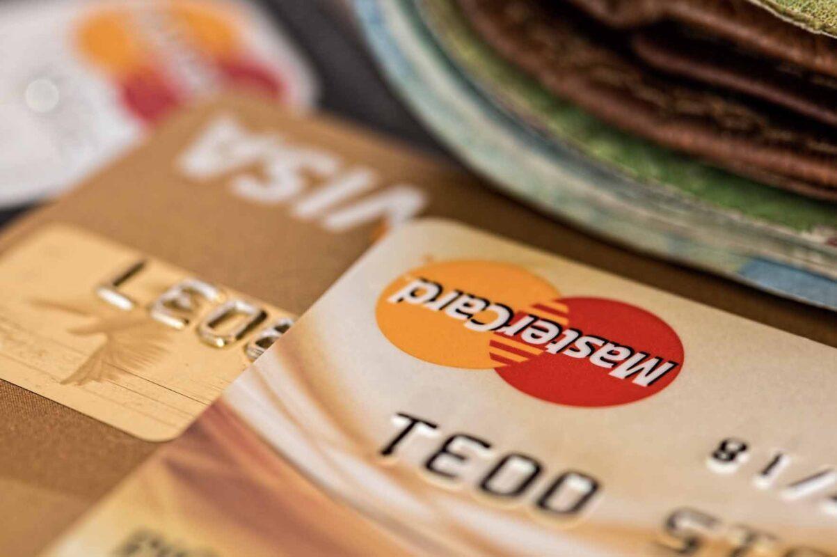 lån eller kreditkort